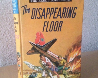 The Disappearing Floor, Hardy Boys Book, UK Collins Hardy Boys Series #5, Vintage Hardy Boys