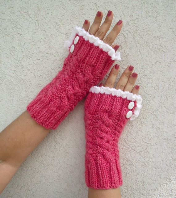 Lace Mittens Knitting Pattern : KNITTING PATTERN Mittens -Grace and Lace - Knit mittens ...