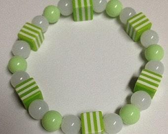 Chunky Beaded Bracelet Green & White Girls Tweens Teens Ladies
