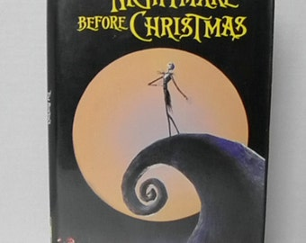 Tim Burton's The Nightmare Before Christmas VHS Video Tape Clam Shell Animated Movie