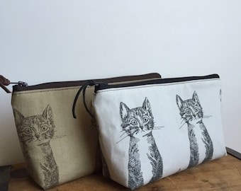 Cat Zipper Pouch, Cosmetic Pouch, Toiletry Bag, Makeup Organizer, Black and Brown Cat, Cute Cat, Japanese Fabric
