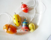 5 pieces German Vintage Wood Easter Ornaments Eggs and Bells for hanging / Erzgebirge DDR