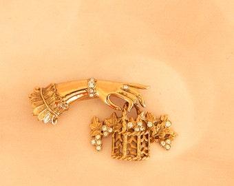 Vintage Rhinestone Brooch Hand and Basket- Gold Tone