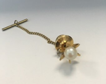Men's Pearl and Gold Tone Metal Tie Pin
