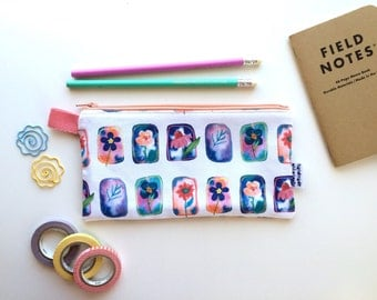 Floral Portraits Divided Pencil Case (handmade philosophy's pattern)