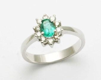 Handmade 18k white gold Green Emerald Diamond Flower Halo Ring cocktail