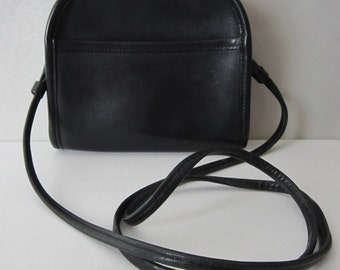 Vintage Coach Abbie Shoulder Bag - Black Leather - 9017 - Made in Costa Rica - Classic - Womens Fashion Designer Cross Body Bag - Purse