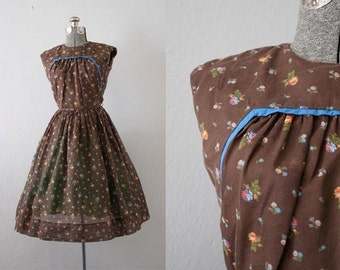 1960's Brown Calico Print Dress / Size XSmall