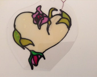 Heart cling with rose vine