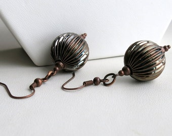 Antique copper earrings with textured rounds