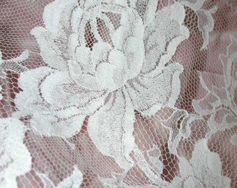 """No. 300 Silk-White Cotton Solstiss Chantilly Lace Edging . . . 5 yards x 9"""""""