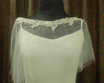 Wedding Accessories, Bridal Cape, Capelet, Wedding Cape, Beaded Cape, Bridal Gown Accessory, Floral beading design, Ivory