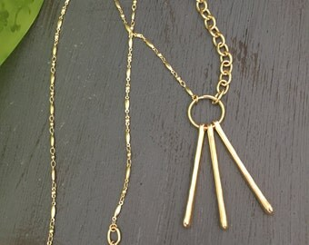 Bois de Feu - Long Gold Mixed Chain Necklace - Elegantly Simple - Statement Jewelry for Women