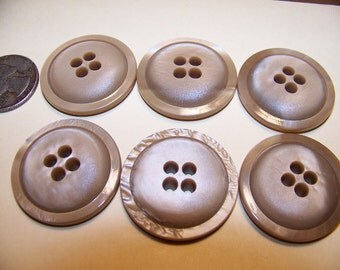 Set of 6 Vintage Big Thick Project Buttons Knitting Buttons