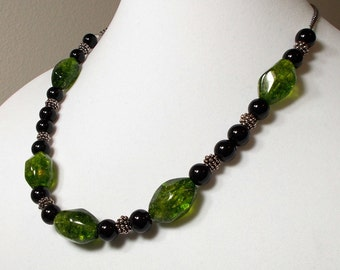 Emerald Crystal With Black Glass Bead And Silver Nubby Bead Necklace Tumbled Emerald Crystals With Black Bead Necklace Chunky Necklace