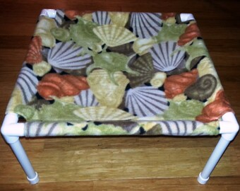 The Pet Hammock - Fleece Fabric - Shells pattern