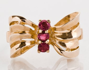 Vintage Ring - Vintage 14k Rose Gold Ruby Bow Ring