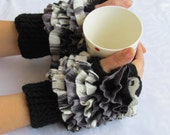 Frilly fingerless gloves cozy hand knitted mittens hand Knit elegant ruffled black and gray gloves frilly gloves autumn winter 2015 fashion