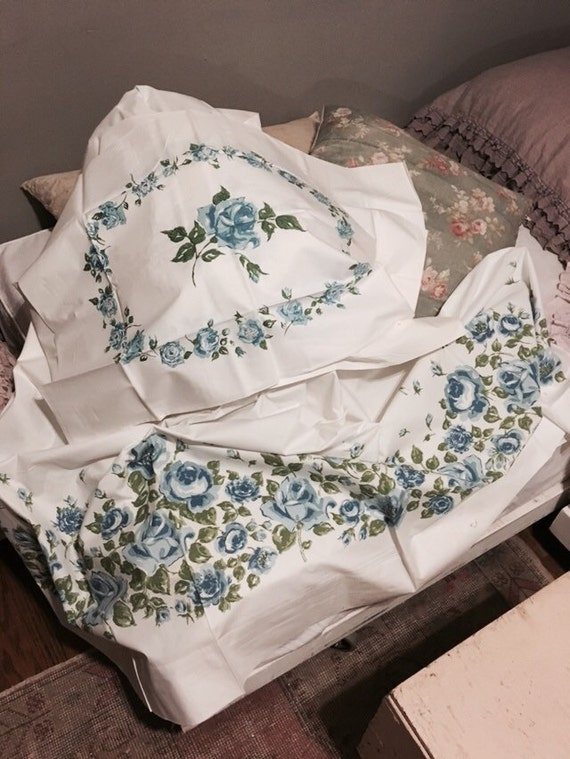 Rachel Ashwell Shabby Chic Pillow Cases : New vintage full flat sheet pillow case by Heathershabbycottage
