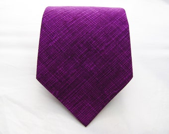 Men's Necktie - Plum Crosshatch
