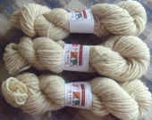 Hand Spun Local Long Wool Blend Singles Yarn, natural creamy white, 3.5 ozs (100 gms), Bulky weight. domestic wool, natural, un-dyed