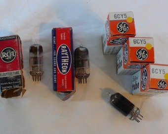 Vintage Lot of 5 Electronic Vacuum Tubes RCA General Electric Raytheon 6J6 6CY5  NOS Tested New in Box Made in USA Steam Punk