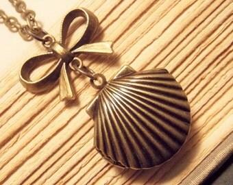 Bronze Seashell Locket