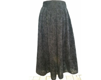 Vintage black rose  skirt. marks and spencer , size uk 14