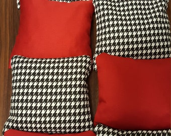 HOUNDSTOOTH and Crimson Cornhole Bags, Set of 8, ROLL TIDE, Outdoor Bean Bag Toss Game Alabama, Red and White