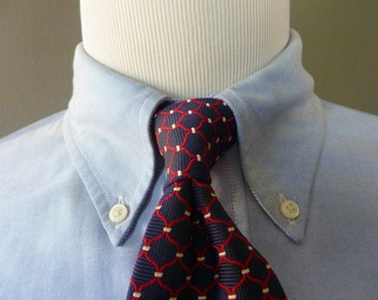 Vintage Brooks Brothers Pure Silk Red & White Lattice Pattern on Navy Blue Trad / Ivy League Neck Tie.  Woven in England.  Made in USA.