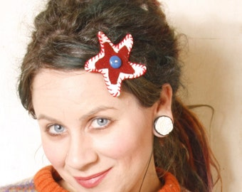 Star hair clip Leather hair clip Gift for her White hair clip Holiday hair Kids hair clip Plaid hair accessory Red white hair clip