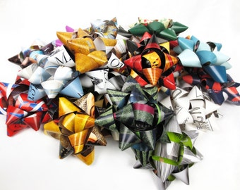 20 Gift Bows - Up-cycled Magazine pages