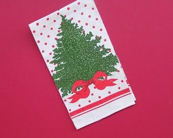 Vintage Christmas Tree Linen Tea Towel with Red Polka Dots (B). Kay Dee . Gordon Fraser . unused