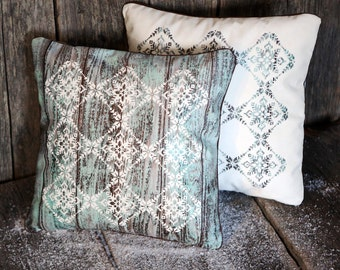 Pillow case - Cushion cover - Square Cushion Cover - Pillow Cover - Decorative pillow - Throw pillow - Snowflakes pattern