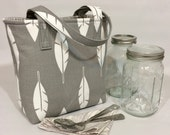 Mason Jar Carrier Bag - Quart 2-jar Jars to Go - Grey feathers with woodgrain lunch tote cozy