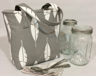 Mason Jar Carrier Bag - Quart 2-jar Jars to Go - Grey feathers with woodgrain lunch tote cozy