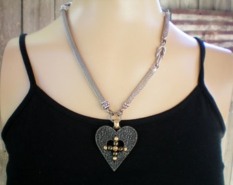Victorian goth heart pendant necklace, Recycled jewelry, Handmade jewelry, Repurposed jewelry, Upcycled, Free USA shipping, Made in USA/MI