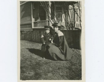 "Vintage Snapshot Photo: ""Miss Rolfe and Buster"" c1910s  (69505)"