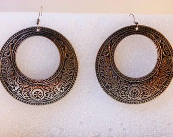 Vintage Large  Brass Hoop Earrings       Pierced Ears   Art Nouveau   Repousse