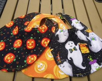Friendly Ghostly Halloween Bib.  Baby bib Ready to Ship