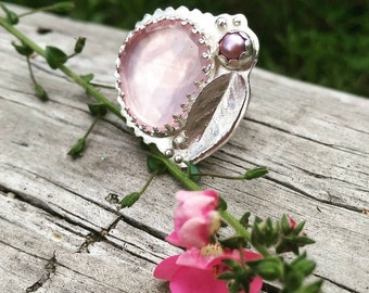 SALE - Rose Cut Rose Quartz Pearl Ring - Sterling Silver - Mauve Freshwater Pearl - Rose Leaf