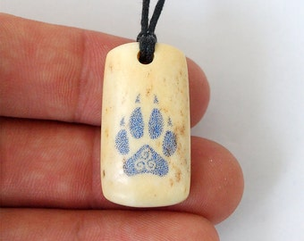 Wolf paw, Wolf necklace, Triskele pendant, Triskele, Triskele necklace, Teen wolf, Alfa pendant, Teen wolf jewelry, Moon wolf, Celtic