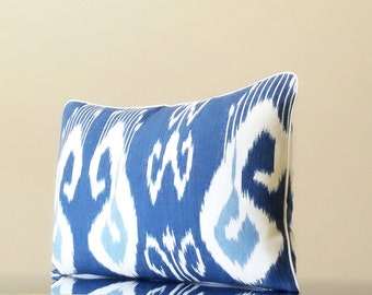 Bansuri Iris Kravet ikat Indigo links pillow cover, Pick Your SIZE, COLOR, Fabrication 16x16, 18x18, 24x24, 26x26