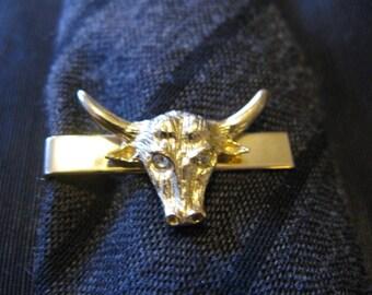 Bulls tie clip bar, Texas longhorn steer bull, vintage swank, rodeo cattlemen