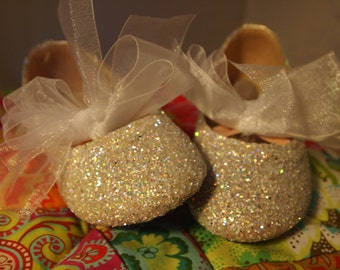 Flower Girl Shoes~Ivory/Off-White~Bridal Shoes~Bridesmaids Shoes~Glitter Shoes~Ballet Flats