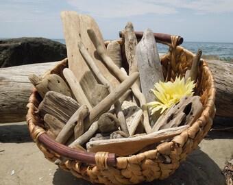 "Variety Bulk Driftwood, 25 Driftwood Pieces Approximately 2""-12"", Drift Wood Supplies for Crafts, Beach Wedding Decor, Lake House Decor"