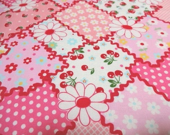 Japanese Fabric YUWA Flower Patch Pink Fat Quarter