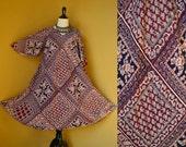 Vtg 70's 80's S//L KAISER Boho hippie India Pakistan flutter sleeve Navy Cream Burgundy cotton gauze floral paisley block print dress