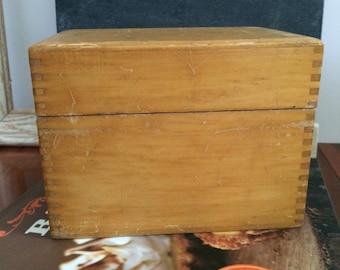 Vintage wood recipe box, dovetail box