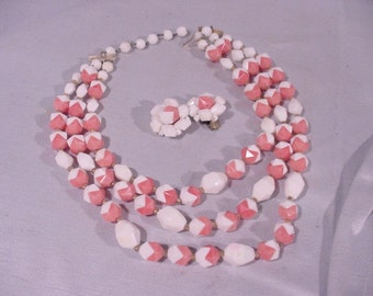 Delightful Necklace and Earrings Set White & Coral Plastic Western Germany